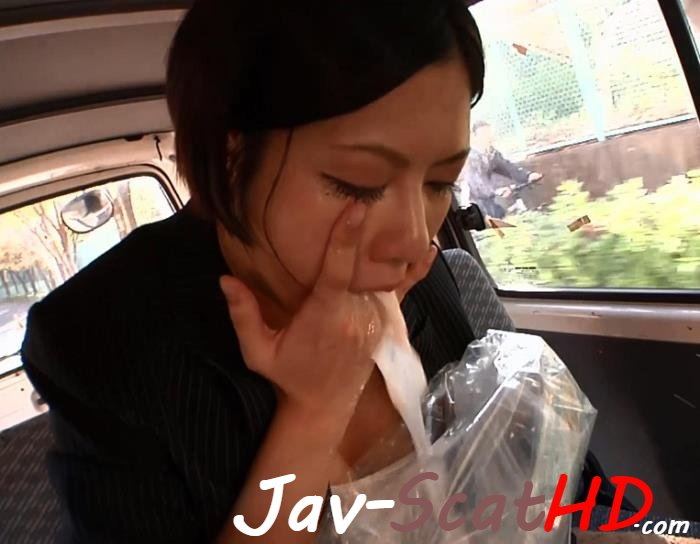 BFHD-82  Wearing business suit and Puking on herself in moving car.  Puke FullHD 1080p (MPEG-4 / 1.16 GB)